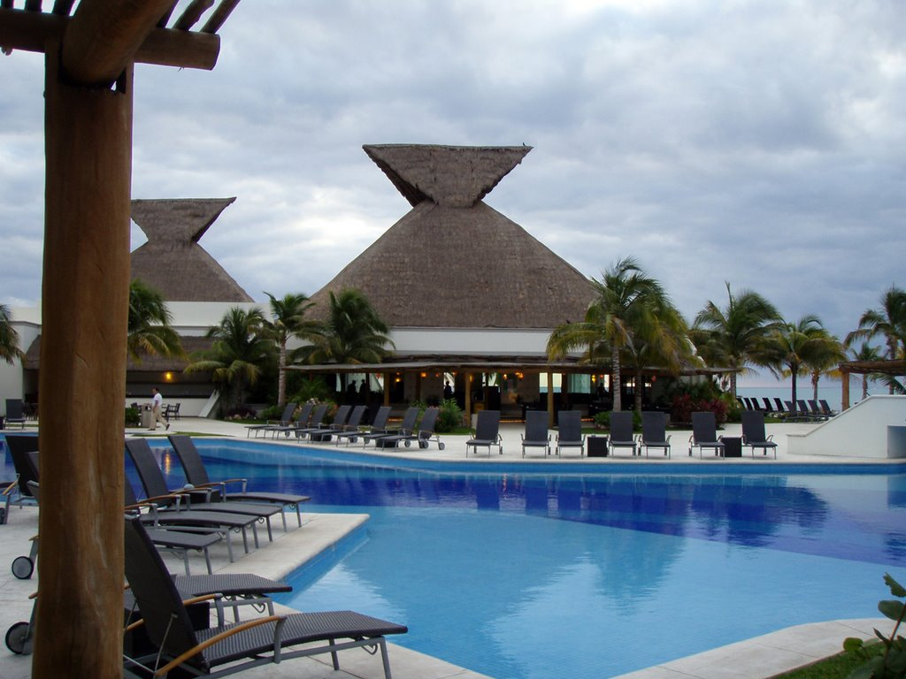 Blue bay grand esmeralda playa del carmen all inclusive for Blue bay grand esmeralda deluxe v jardin