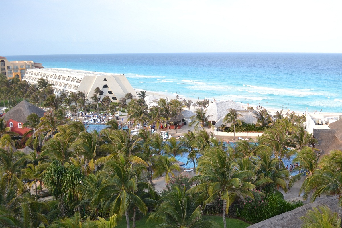 Spring Break in Cancun, Mexico with Go Blue Tours.