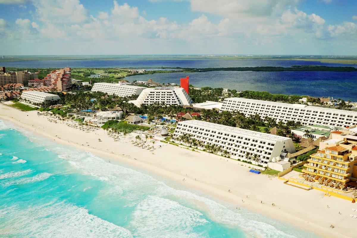 Top Hotels for Spring Break 2022 In Cancun