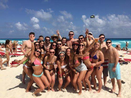 Epic Spring Break Vacation Group Picture