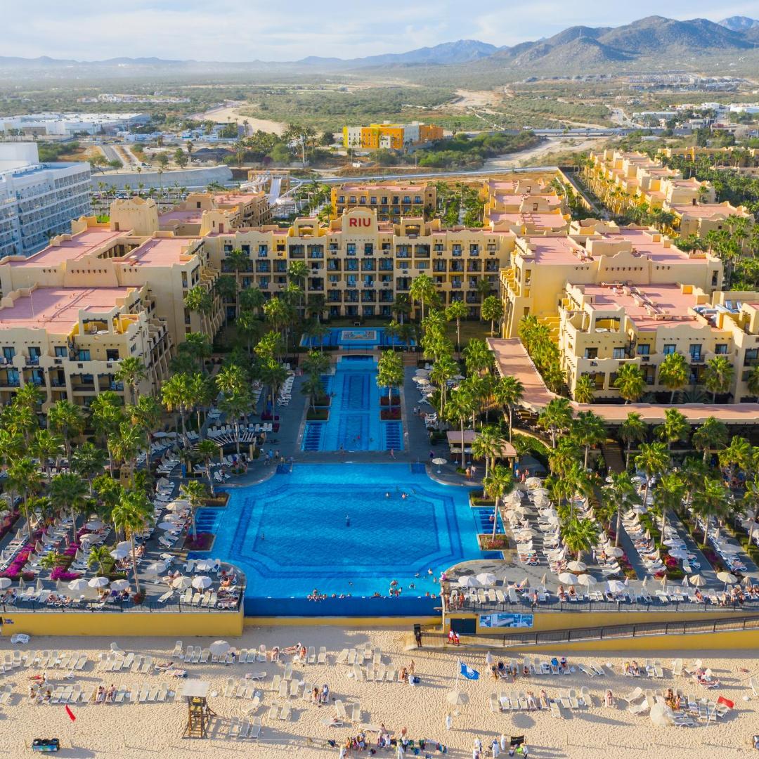 RIU Hotels & Resorts - Cabo